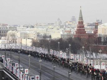 2012-02-04T111933Z_1985958289_GM1E8241HWG01_RTRMADP_2_RUSSIA