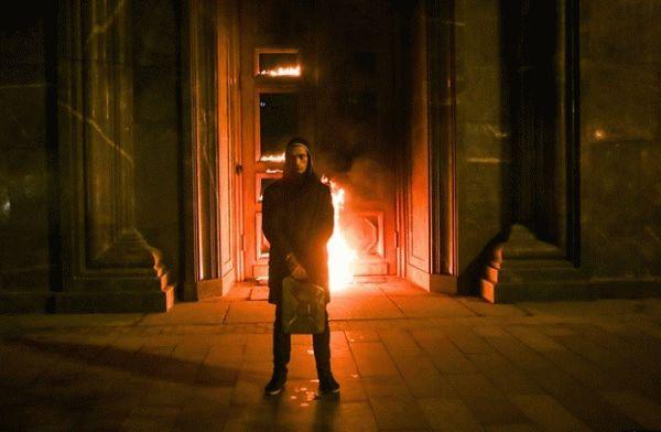 petr pavlensky door fsb putler russia